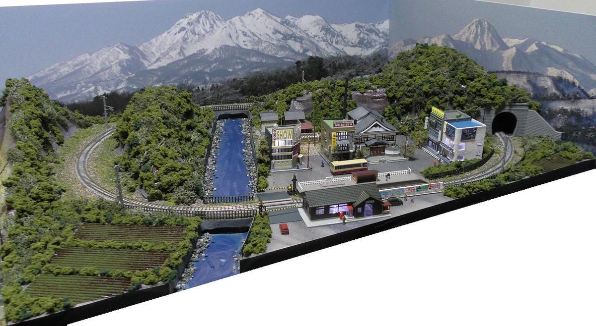 「見つけたらラッキー」送料込み」鉄道模型ジオラマレイアウトNゲージ用単線[90cm×60cm]山村の風景(照明付き)●注文製作●90x60−20