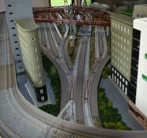 鉄道模型ジオラマレイアウトNゲージ用複線渡り線[210cm×90cm]現代の風景9線ヤ−ド(奥5線、中間2線、手前2線)●注文製作●210x90−2