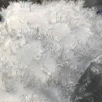 ホワイト白フリンジフェザーストラップロングミモレ丈ワンピース