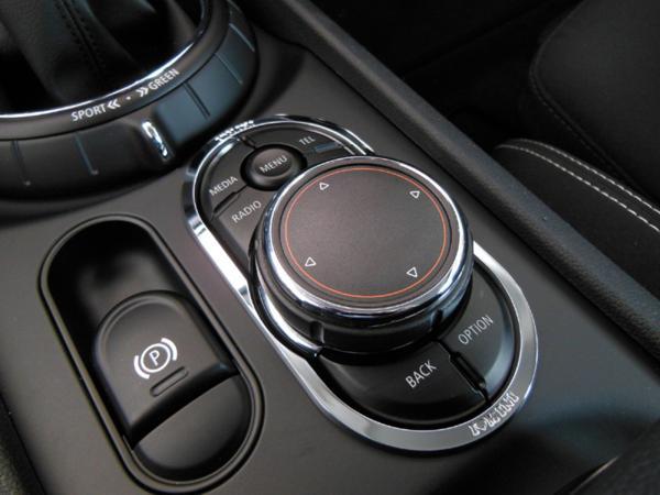 BMWミニ F54・F55・F56 ナビコントロール スイッチトリム 【I LOVE MINI】