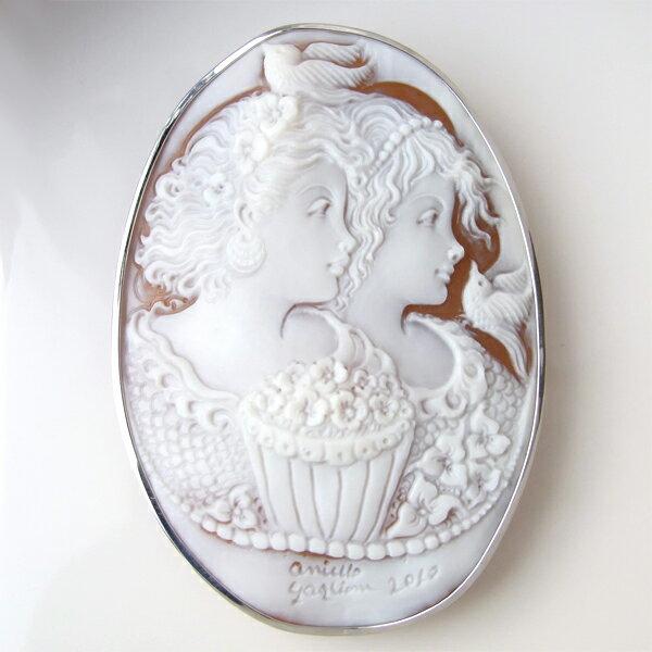 ブローチ K18(18金)/K14(14金) ホワイトゴールド WG シェルカメオ アニエロ・ガリオーネ イタリア ag1 ジュエリー 入学式/卒業式 フォーマル に。 1点もの ファッション小物