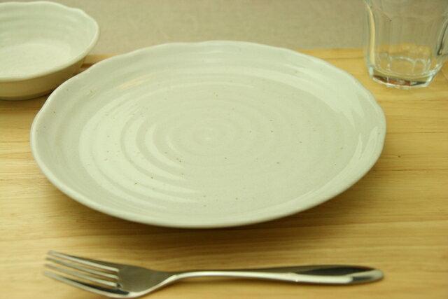 在庫限り アイボリー粉引ナチュラル プレートLLL 大きめの29.7cm 9.7寸皿