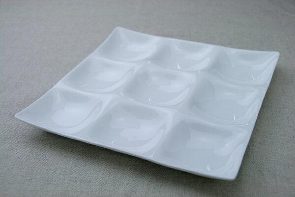 コワケ(kowake) 9つ仕切り皿 スーパーホワイト 3×3 パーテーションプレート1枚 グッドデザイン受賞 日本製 白い食器 ランチプレート【 02P18Jun16 】