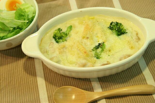 グラタン皿 楕円 アイボリー 耐熱 耳付 日本製 ドリア オーブン 白 シンプル 耐熱食器 カフェ風 耐熱皿 おうちカフェ おしゃれ オーバル