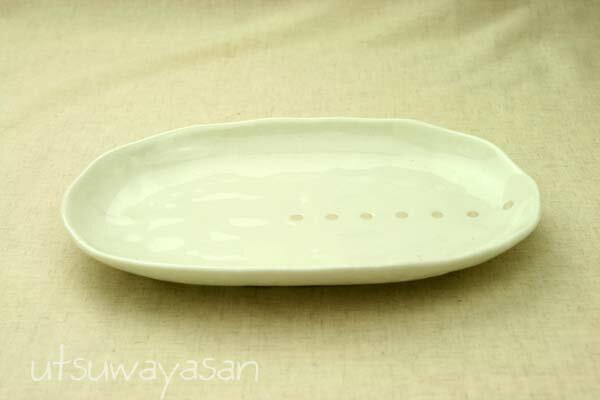シンプルドット水玉 白/黒 ほっこりちょっと大きめ楕円皿/パスタプレート/大皿/盛り皿 【 02P18Jun16 】