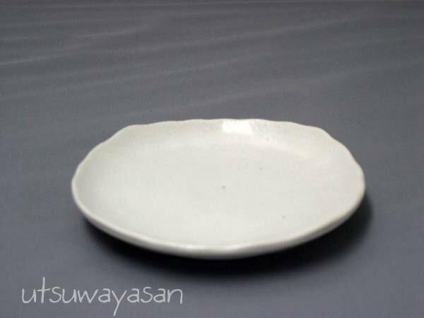 ホワイトマット調粉引 プレートS/白い/食器/デザート/お皿/小皿/日本製