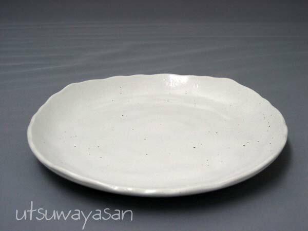 ホワイトマット調粉引 プレートM/白い/食器/お皿/取り皿/銘々皿/デザート/日本製