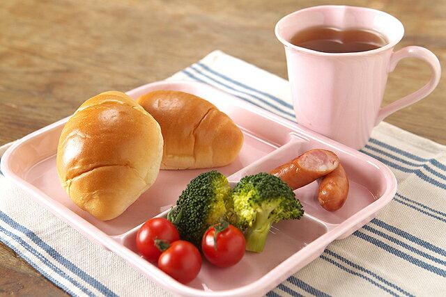 在庫限り ランチプレート ピュアピンク 陶器 3つ仕切り ちょっと深め 軽い お子様 こども 使いやすい日本製 ほっこり 仕切皿 子供と一緒のおうちカフェに【 02P18Jun16 】