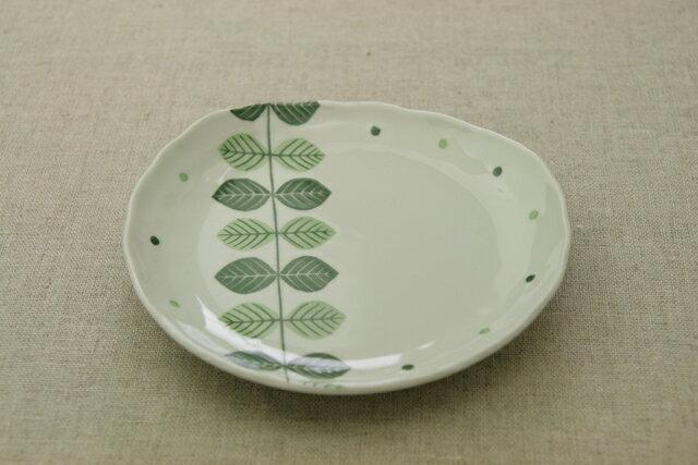北欧調グリーン リーフ ナチュラル 楕円プレートM取り皿やケーキ皿に 可愛い食器
