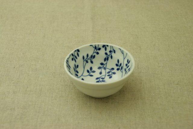 リーフ ほっこりつかいやすい三寸小鉢9cmボウル 豆鉢 小付け 和食器 葉っぱ柄