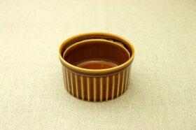 アメ色耐熱丸ココットサイズLL(10.3cm)プリン・スフレ・コキールにもディップ・ジャム・トッピングなどでもgood♪白い食器と相性抜群安心・安全な日本製オーブンOK