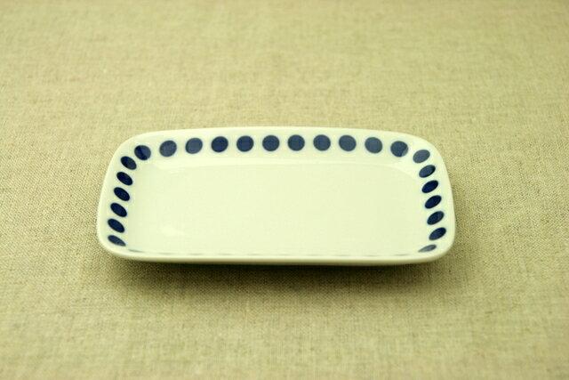 水玉 ほっこりつかいやすいドット柄四角い取り皿デザート・ケーキ皿にもスクエアプレート 長角皿 和食器 日本製