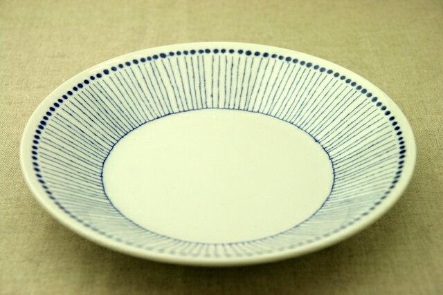 蒼十草(そうとくさ) 24cm大皿 青と白の反らし型8.0皿ストライプ ディナープレート カレー皿 パスタ皿 和食器 日本製 カネ定製陶 蒼の器 【 02P18Jun16 】