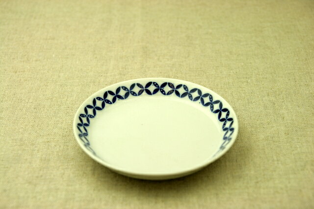 蒼宝(そうほう) 取り皿 青と白の反らし型4.5皿小皿 七宝 和食器 日本製 カネ定 蒼の器【 02P18Jun16 】