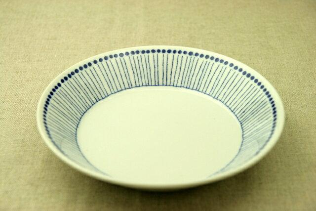 蒼十草(そうとくさ) 21cm深皿 青と白の反らし型6.3深皿ストライプ カレー皿 パスタ皿 和食器 日本製 カネ定製陶 蒼の器【 02P18Jun16 】