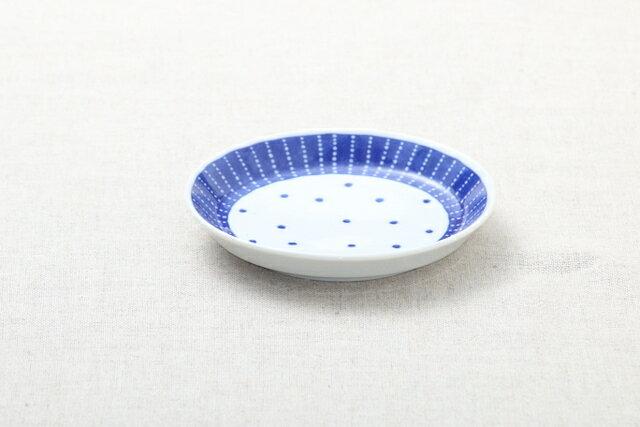 蒼天(そうてん) 取り皿 青と白の反らし型4.5皿水玉 ステッチ 小皿 和食器 日本製 カネ定 蒼の器【 02P18Jun16 】