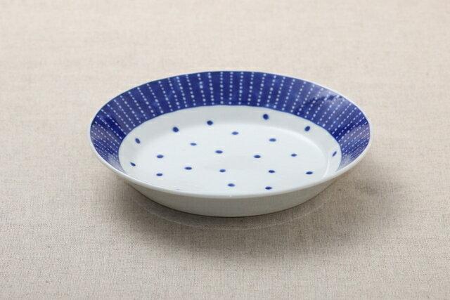 蒼天(そうてん) 21cm深皿 青と白の反らし型6.3深皿水玉 ステッチ カレー皿 パスタ皿 和食器 日本製 カネ定 蒼の器【 02P27May16 】