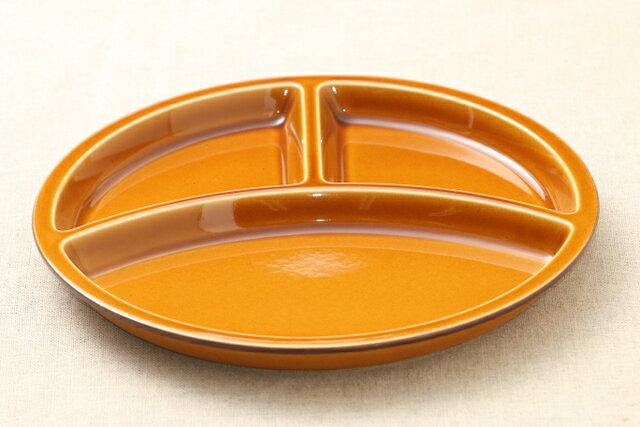 キャラメル色 陶器 丸型 ランチプレート 3つ仕切り皿 日本製 おうちカフェ 円形 茶色 おしゃれ【 02P18Jun16 】