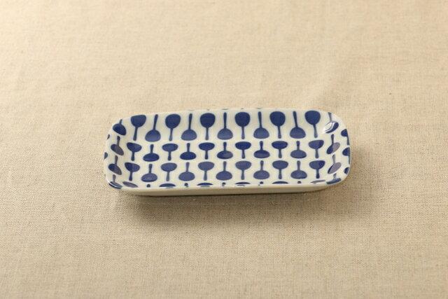マラカス ほっこりつかいやすい四角い取り皿デザート・ケーキ皿にもスクエアプレート 長角皿 和食器 グンジョー5柄B 日本製