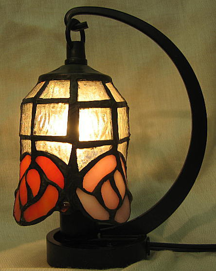 ステンドグラス ランプ 吊り型 ミニサイズ 三色花柄 高さ16.5cm ステンドライト