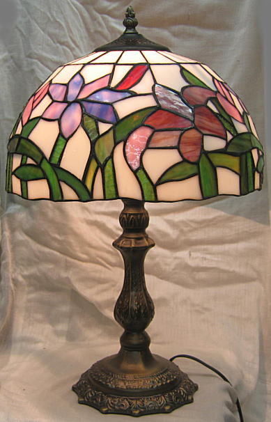 ティファニー風 ステンドランプ 紫水仙 (シェード直径30cm 高さ 47cm) ステンドグラス ランプ