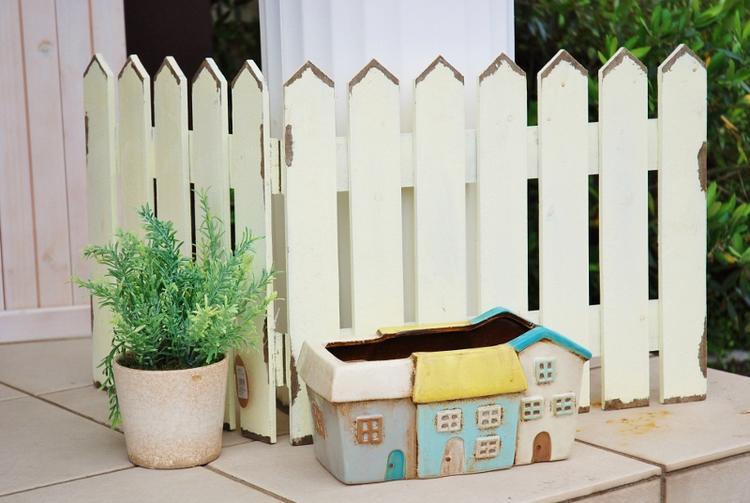 あす楽】 ノルディック デコ ハウス プランター ブルー 青   陶器 植木鉢 可愛い ガーデニング雑貨 アメリカン ナチュラル カントリー 雑貨 赤い かわいい お家