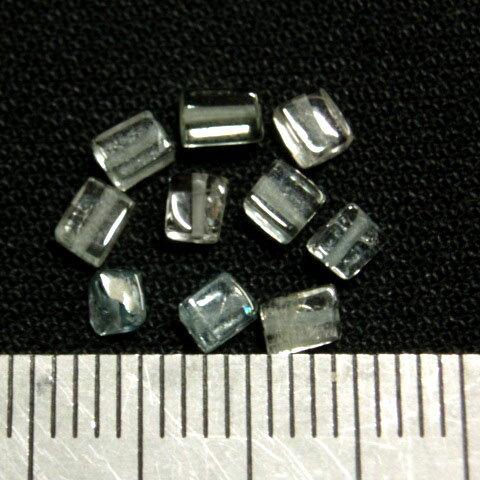 [HA005]天然石ビーズ アクアマリン 角柱(キューブ) 約4〜6×2.5〜4mm 10ケ