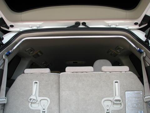 [カワイ製作所] リアピラーバー (スクエアタイプ) 【 エスティマ [ACR50W/GSR50W/GSR55W] ('06/01-) ※ハイブリッド、パワーバックゲート車装着不可 】