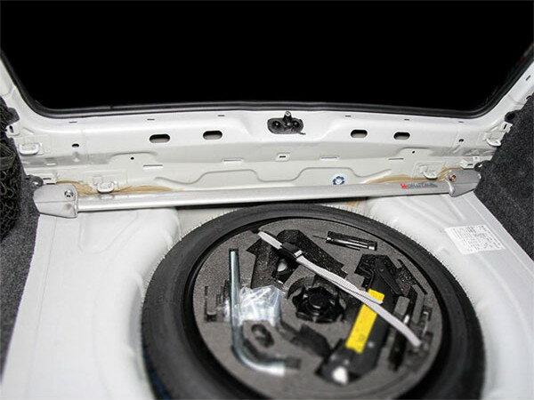 [OKUYAMA] オクヤマ トランクブレースバー ゴルフVI GTI/シロッコ R 1KCCZ/13CDL
