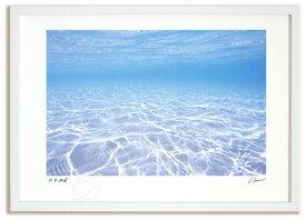 アートフォト 絵画 壁掛け ニューカレドニア 透明な海/海 額入り 額装込 風景画 絵画 絵 壁掛け アート リビング 玄関 トイレ インテリア かわいい 壁飾り 癒やし プレゼント ギフト アートパネル ポスター Mサイズ 巣ごもり