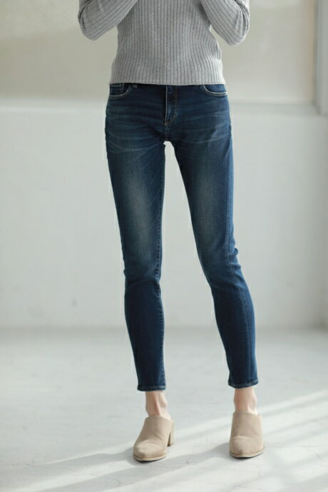 【AZUL BY MOUSSY】A Perfect Denim 4thMOOK番号92027 AZUL BY MOUSSY / アズール バイ マウジー【MARKDOWN】