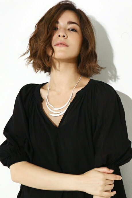 【AZUL BY MOUSSY】衿ギャザースキッパーブラウス AZUL BY MOUSSY/アズール バイ マウジー/レディース/トップス カットソー/プルオーバー【MARKDOWN】