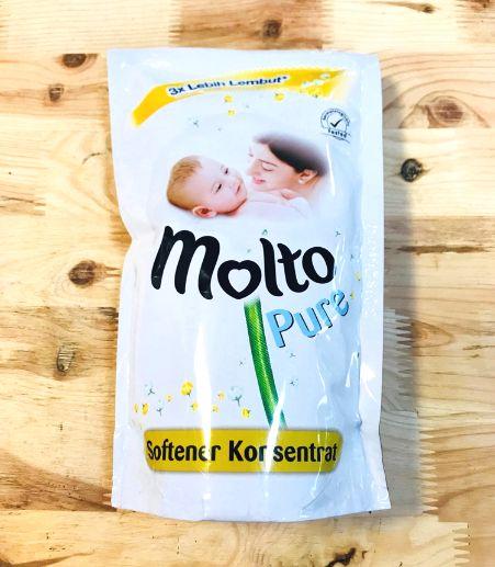 ◆インドネシア・バリ島の柔軟剤◆MOLTO PURE(モルトピュア)1/2濃縮タイプ 800ml詰替え用爽やかな石鹸の香り部屋干しにオススメ!