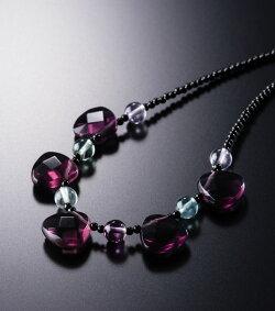 【メール便送料無料】幻想的な艶めきの天然フローライトとオニキスのロマンチックネックレス