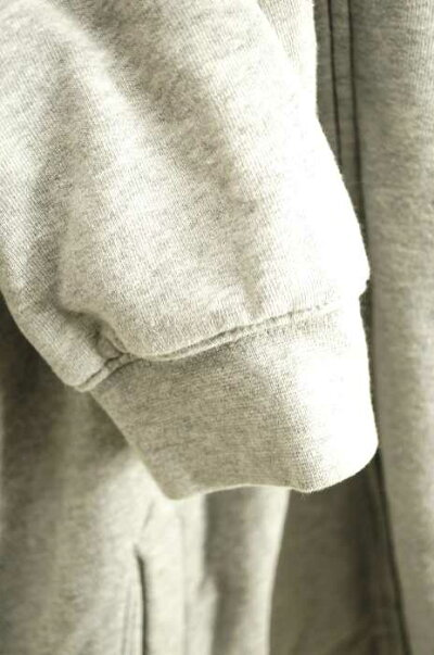 エルエルビーンL.L.Beanジップアップパーカーメンズ-グレー系JPN:L裏地チェックジップアップパーカー【中古】【ブランド古着バズストアBAZZSTORE】【181019】