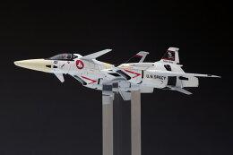 WAVE超時空要塞マクロス1/72VF−4