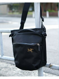 ARC'TERYX /Arro8 Shoulder bag BEAMS MEN ビームス メン バッグ リュック/バックパック ブラック【送料無料】[Rakuten Fashion]