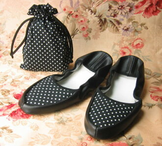 Portable slippers and plain polka dot small size also is fs3gm