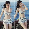 Shorts set swimsuit bikini frill floral design cute back difference ムネキュンカバーアップ figure cover swimsuit exposure modest sea pool peach resort 2019 new work swimsuit with size dress which a swimsuit Lady's figure cover has a big