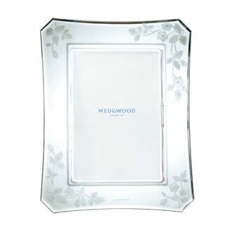 Wedgwood wild strawberry al fresco Crystal picture frame