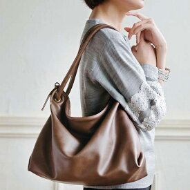 かばん 大人気のくったりバッグ。春に活躍の新色が登場! くったりシルエットが大人可愛い2WAYバッグ ベルーナ ラナン Ranan 30代 40代 ファッション レディース 女性
