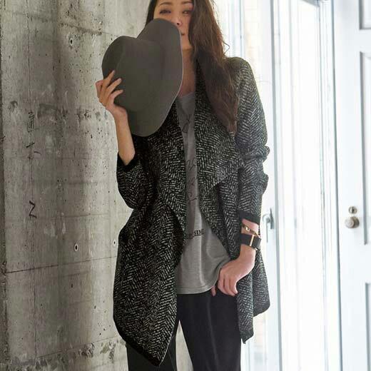 ショートコート/M/LL/L/3Lこなれ感のあるニットジャケットで全身の鮮度を加速させてヘリンボーン柄ニットジャケット ベルーナ べるーな ラナン Ranan 30代 40代 ファッション レディース
