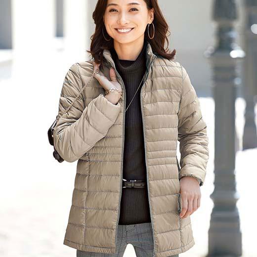 ジャケット 春 M LL Lサイズ軽量ダウンジャケット(ポーチ付)(M〜LL) ベルーナ 40代 50代 60代 レディース ミセス ファッション