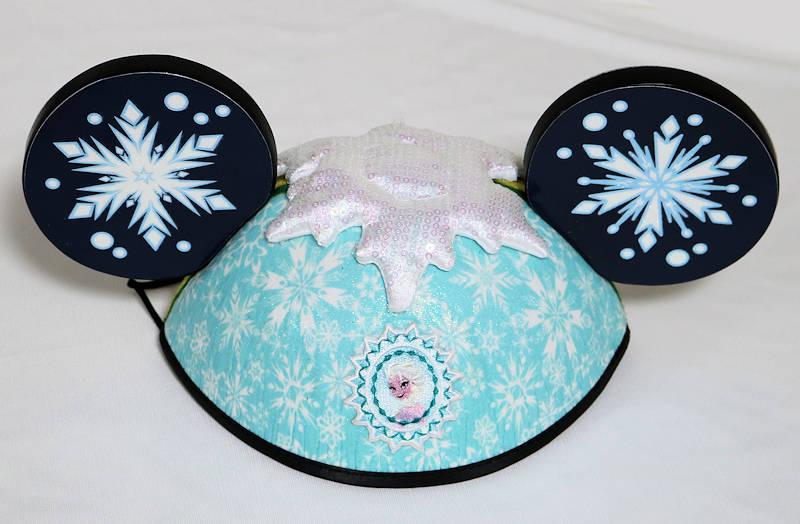 【あす楽】ディズニー Disney US公式商品 アナ雪 アナと雪の女王 エルサ アナ 両面 イヤーハット 耳キャップ 耳ハット ミッキー 耳 帽子 ハット キャップ 【大人子供兼用】 [並行輸入品] Disney Parks Frozen Movie Princess Anna and Elsa Deluxe Mickey