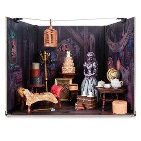 【あす楽】 ディズニー Disney US公式商品 ホーンテッドマンション ジオラマ キット 展示物 [並行輸入品] The Haunted Mansion Attic Diorama Kit グッズ ストア プレゼント ギフト クリスマス 誕生日 人気