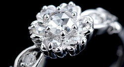GW詰込み福袋イベント中「ブルボンクィーン」ローズカットダイヤモンドリング誕生石4月