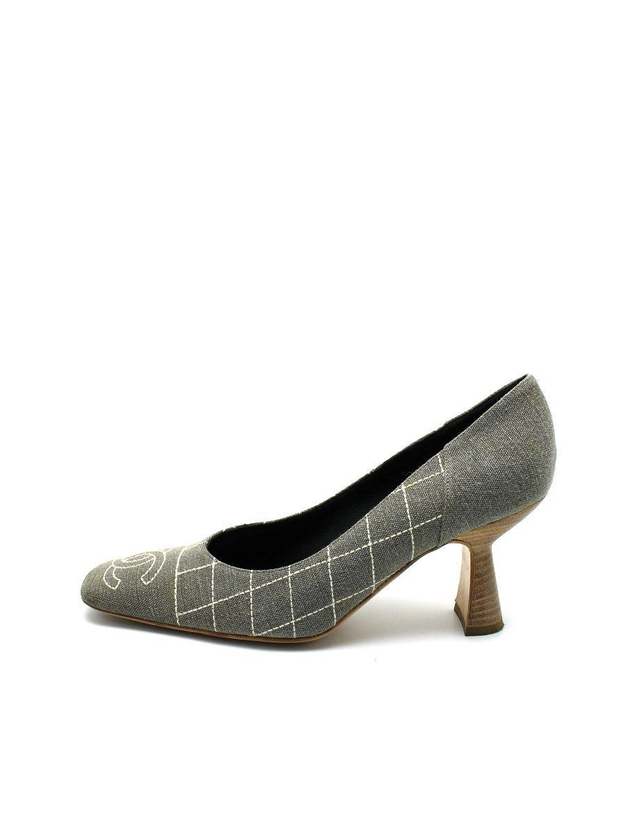 CHANEL シャネル 靴 パンプス マトラッセ ココマーク【37.5C】【Bランク】【中古】tn300621t