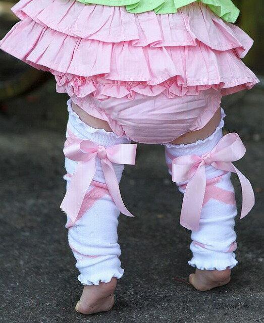 【メール便可】 Ruffle Butts ピンク サテンリボン レッグウォーマー 白 Pink Ballet Bow LegWarmers キッズ ベビー 女の子 足 防寒 おしゃれ かわいい ラッフルバッツ 女の子 タイツ レッグウォーム キッズ ベビー 赤ちゃん 防寒 防止 海外 ブランド おしゃれ かわいい