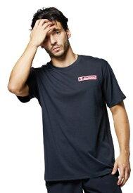 アンダーアーマー UNDER ARMOUR メンズ UAヘビー ウエイト チャージドコットン グラフィック Tシャツ(XLサイズ/ブラック×ピンクショック) 1365069