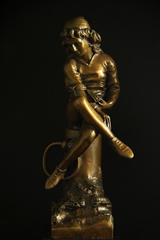 【送料無料】ブロンズ像『本を持つ男子』ギリシア神話◇carpeaux35cm大名品